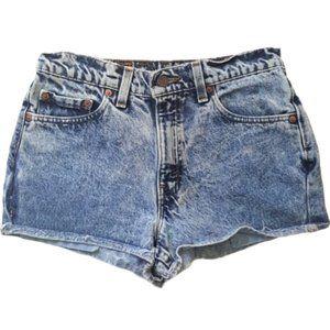 Levi's 555 cut high waist light wash denim shorts